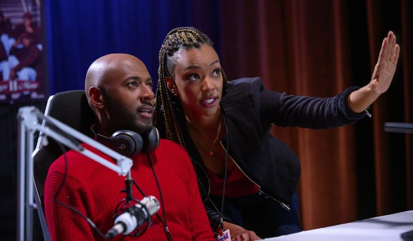 Holiday Rush Soniqua Martin-Green tries to convince Romany Malco of her vision in the studio